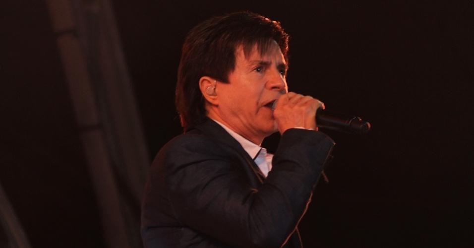 Xororó durante show com Chitãozinho na primeira noite do Caldas Country Show, em Caldas Novas (16/11/2012)