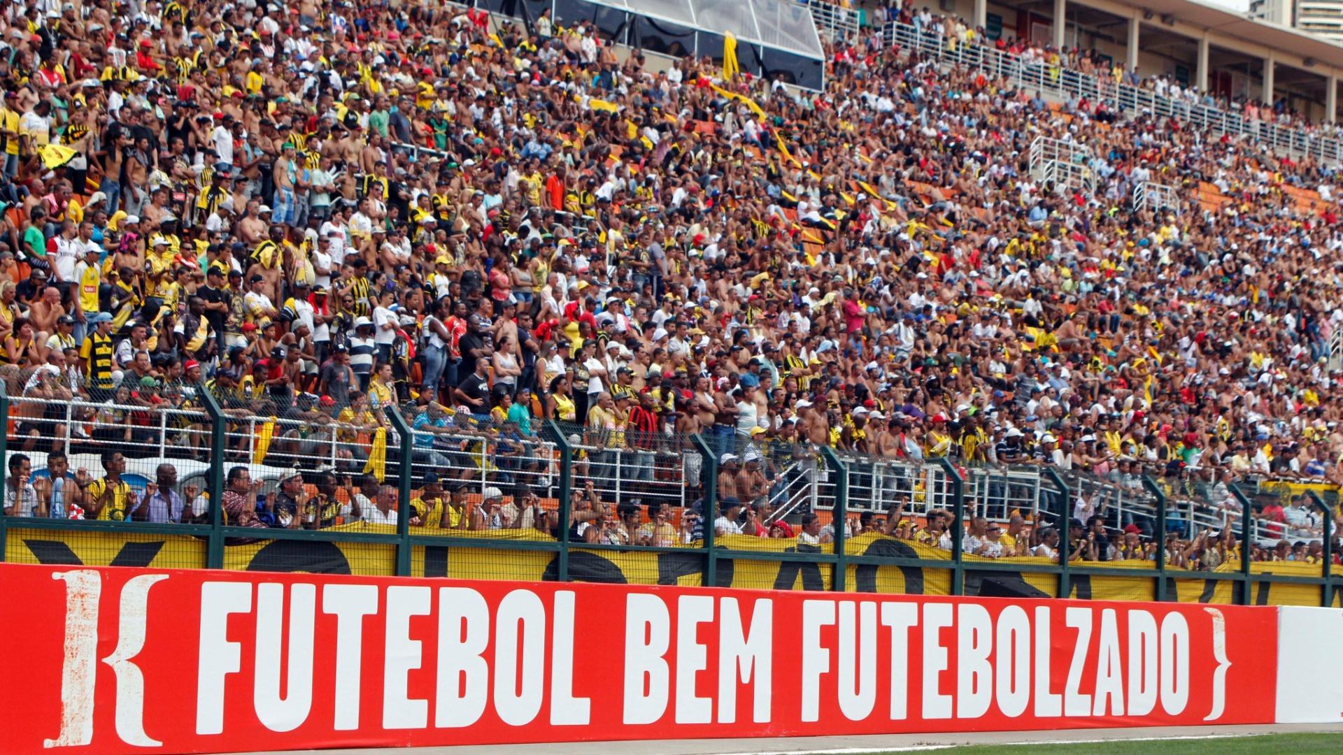 Mais de 20 mil torcedores prestigiaram a final da Copa Kaiser e estabeleceram o novo record brasileiro em partidas de futebol amador