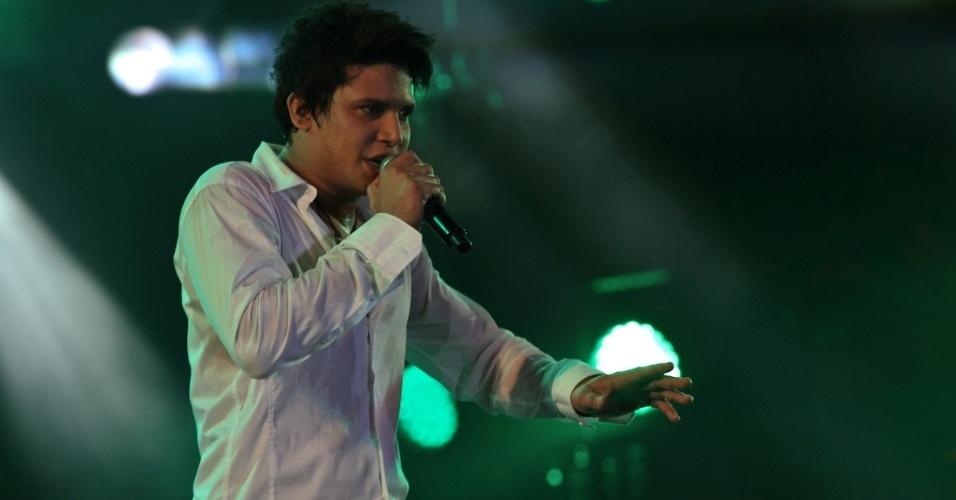 O cantor Israel Novaes se apresenta na segunda noite do Caldas Country Show, em Caldas Novas (17/11/2012)