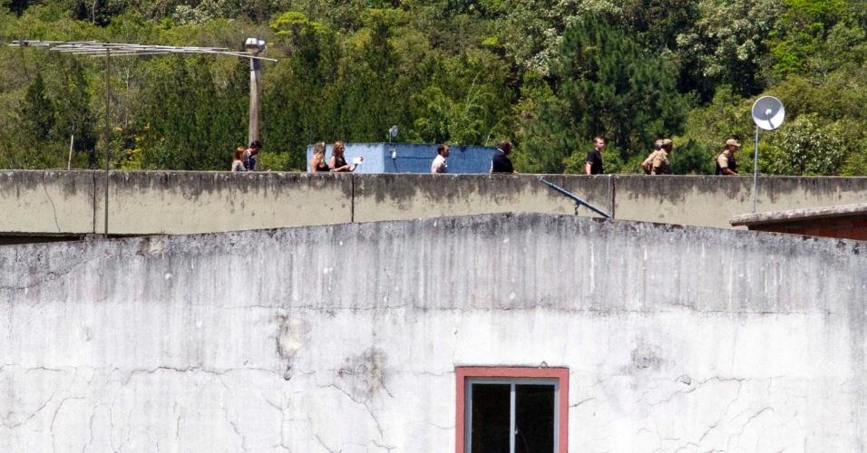 20.nov.2012 - Equipe  faz inspeção, realizada pela Secretaria de Direitos Humanos da Presidência, na penitenciária de segurança máxima de  São Pedro de Alcântara, localizada na região metropolitana de  Florianópolis. A medida visa apurar denúncia sobre torturas de presos antes dos ataques na cidade