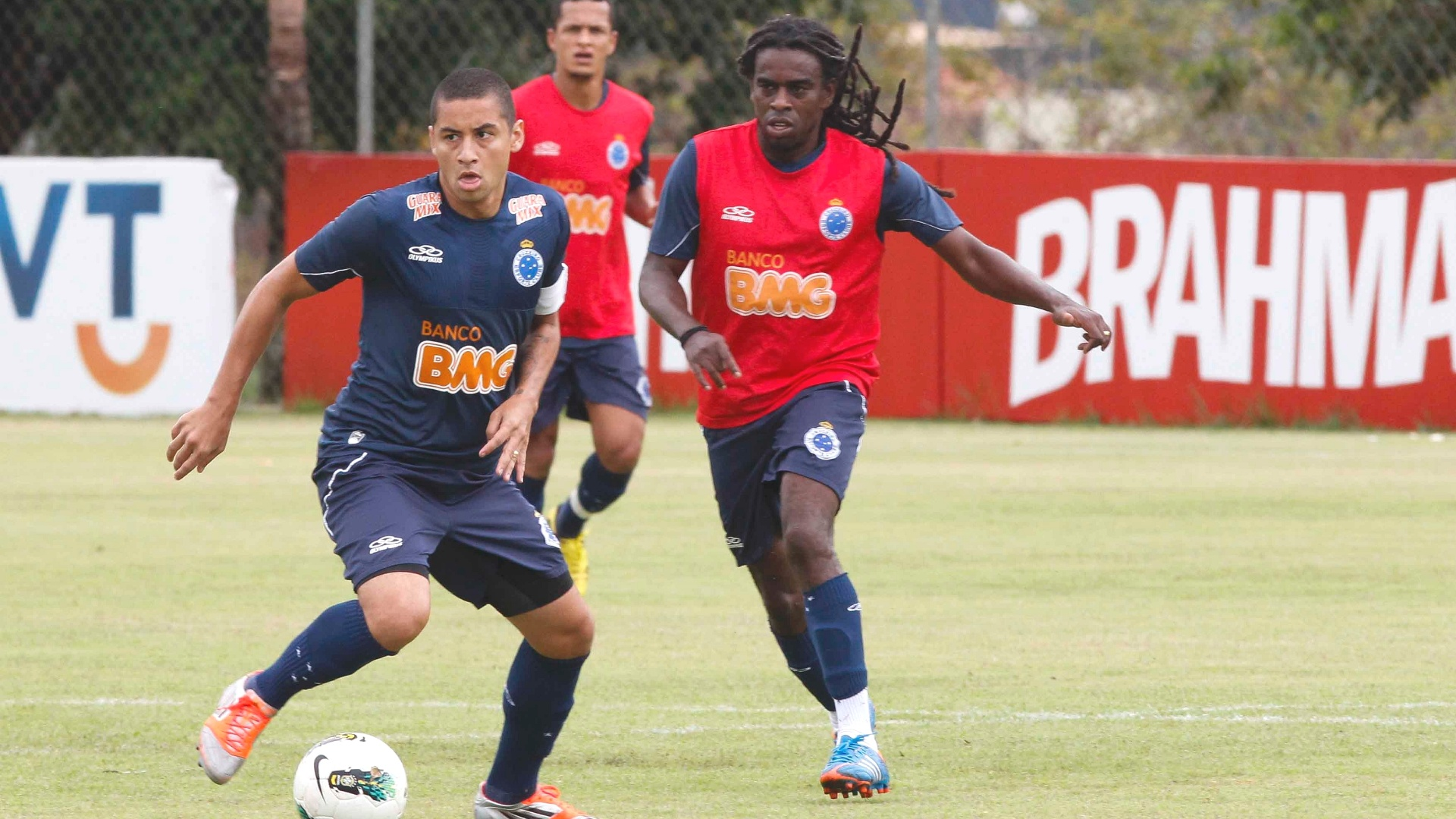 Wellington Paulista durante treino do Cruzeiro (15/11/2012)