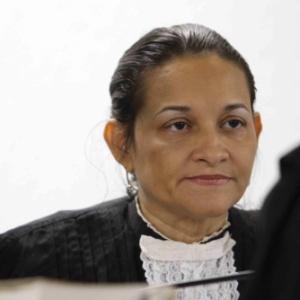 Juíza Marixa Fabiane acata pedido dos advogados de Bruno e adia julgamento do caso para março de 2013