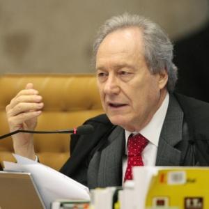 Ricardo Lewandowski foi o 5º ministro a votar de forma favorável aos embargos infringentes no julgamento do mensalão; 3 ministros votaram contra