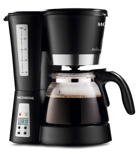 A cafeteira elétrica Bella Arome C-14, da Mondial (SAC 0800 550 393), possui display digital e prepara até 26 xícaras de café. Por R$ 104,90 I Preços pesquisados em novembro de 2012 e sujeitos a alterações