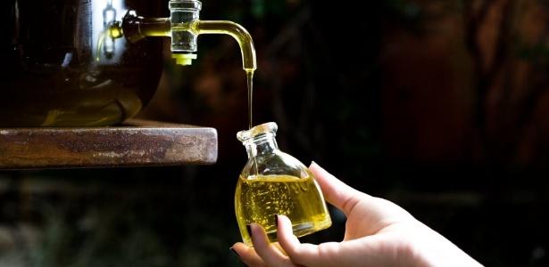 Além do já comprovado efeito positivo para o coração, o azeite ainda tem o poder de adiar o envelhecimento