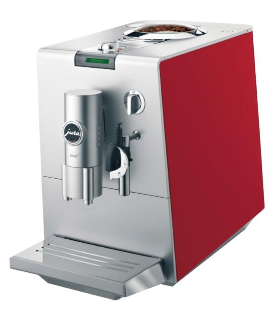Na Spicy (www.spicy.com.br), a máquina de café expresso Cherry Ena5 da marca suíça Jura é vendida por R$ 2.990. Ao toque em um botão, o eletrodoméstico moe os grãos, prepara o pó, extrai o café e executa um processo de auto limpeza I Preços pesquisados em novembro de 2012 e sujeitos a alterações