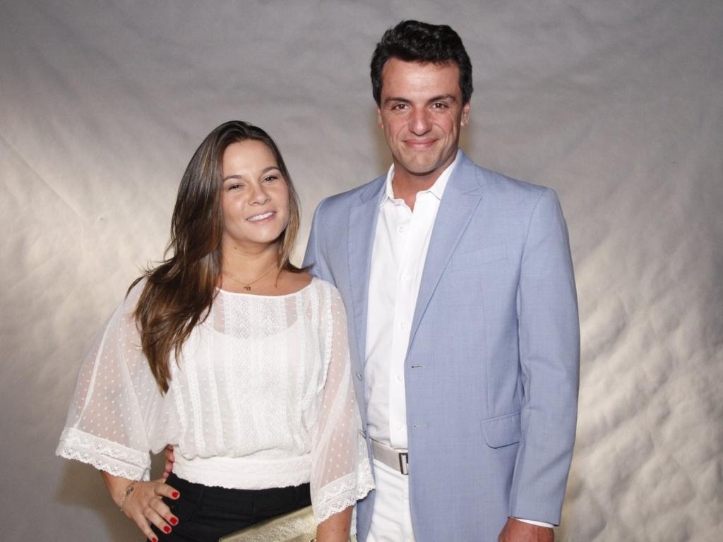 Rodrigo Lombardi acompanhado da mulher, Betty Baumgarten, no especial de fim de ano da Globo, no Rio de Janeiro (21/11/12)