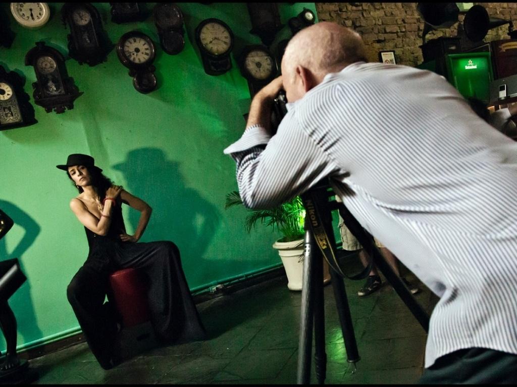 A cantora Marisa Monte foi uma das retratadas por Steve McCurry para o Calendário Pirelli 2013 (22/11/12)