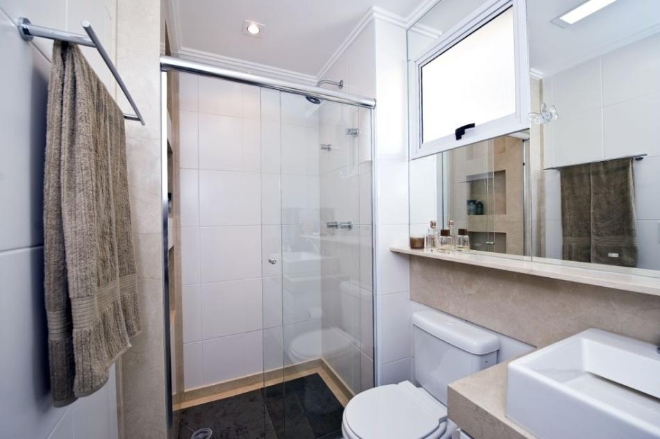 Banheiros pequenos dicas de decoração para quem tem pouco espaço  BOL Fotos -> Banheiro Pequeno Espelho