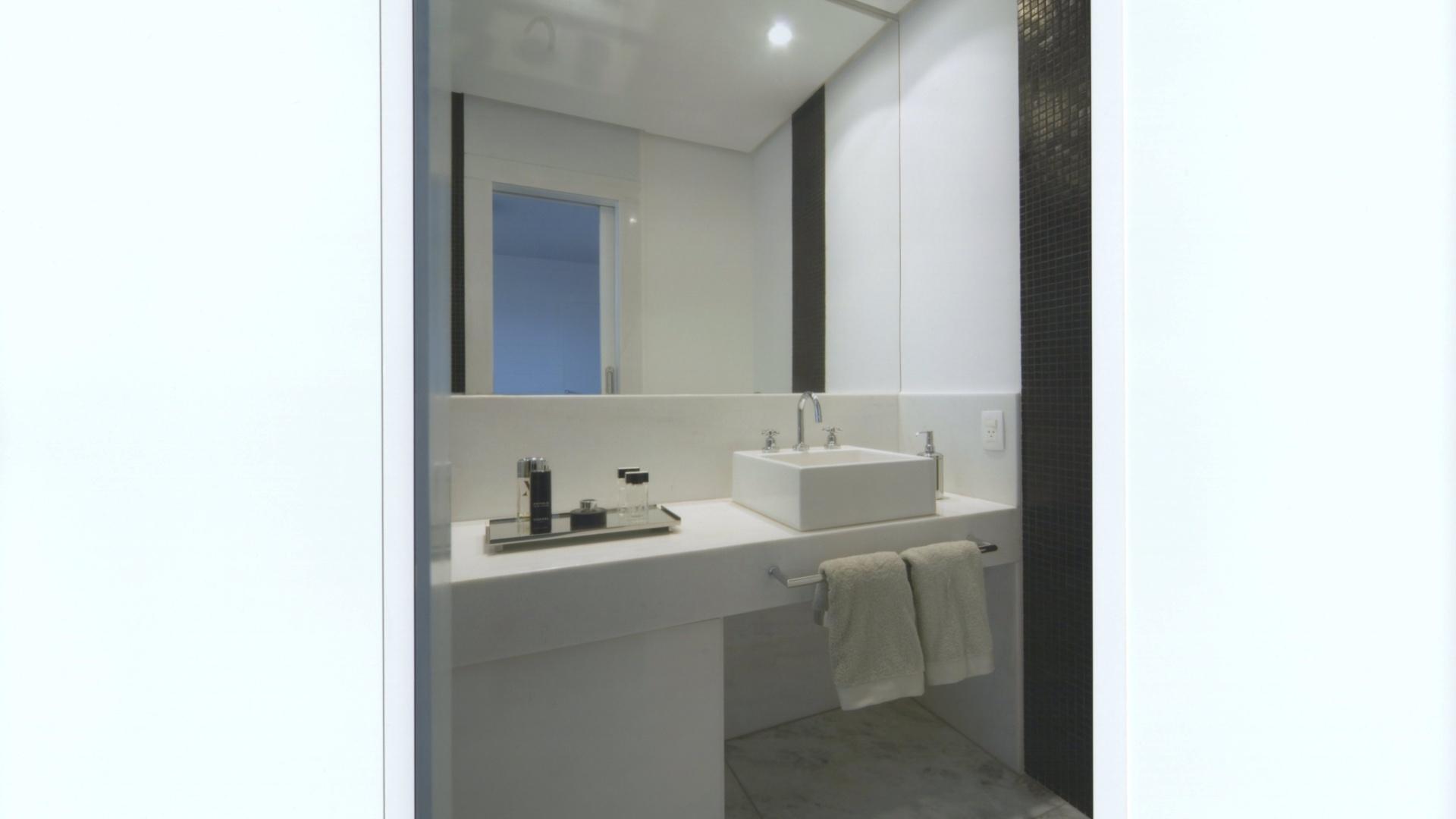 para levar amplitude ao banheiro de 430 m que 1353626962695 1920x1080 #3E858D 1920x1080 Azulejo Para Banheiro