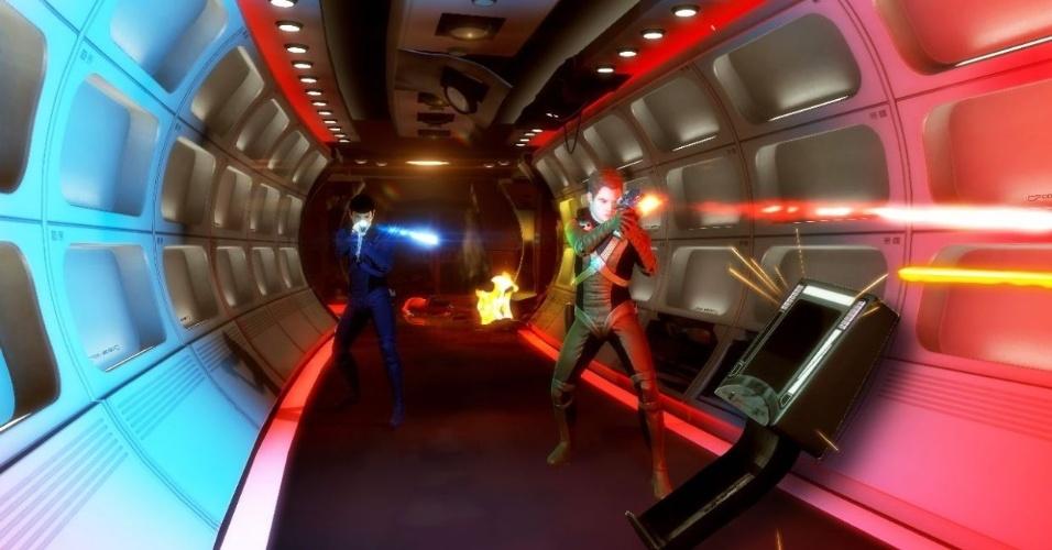 """""""Star Trek"""" busca inspiração no filme mais recente da série e mostra Capitão Kirk e Spock lutando lado a lado em um jogo de ação"""