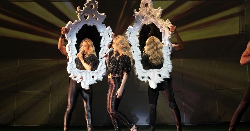 Wanessa se apresenta ao lado de outros artistas no espetáculo beneficente