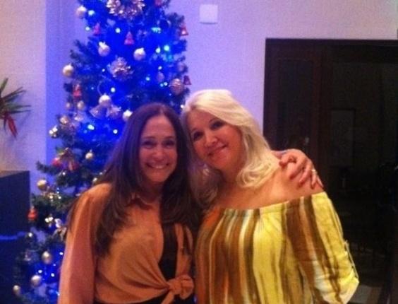 Susana Vieira publicou uma foto com Palmira, mãe do namorado, Sandro Pedroso.