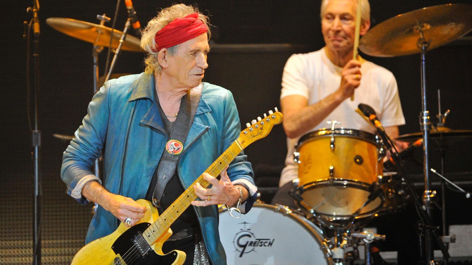 Keith Richards e Charlie Watts tocam no primeiro show dos Stones depois de um hiato de 5 anos (25/11/12)