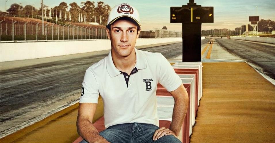 Nov.2012 - A Colcci anunciou a linha Bruno Senna no dia 23 de novembro, e a coleção foi oficialmente lançada no dia 25, com presença do piloto brasileiro