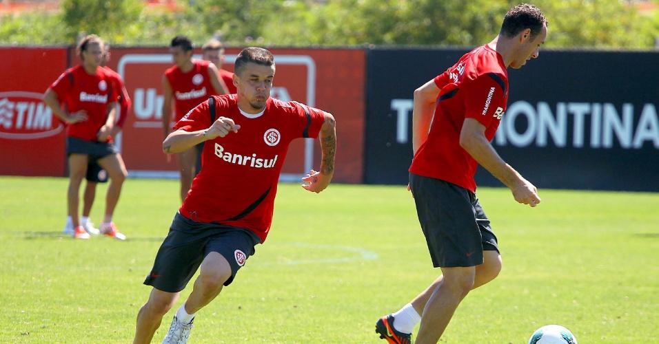 D'Alessandro, atacante argentino do Internacional, participa do treinamento, nesta quarta-feira
