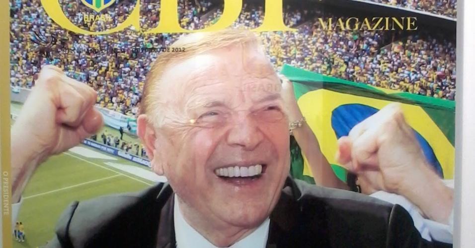 29.11.2012 Versão fake da capa da nova revista da CBF, com o presidente José Maria Marin como atração