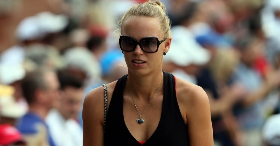 A tenista Caroline Wozniacki, da Dinamarca, vai a torneio de golfe
