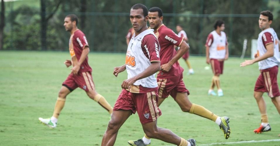 Richarlyson participa de treino do Atlético-MG na Cidade do Galo (29/11/2012)