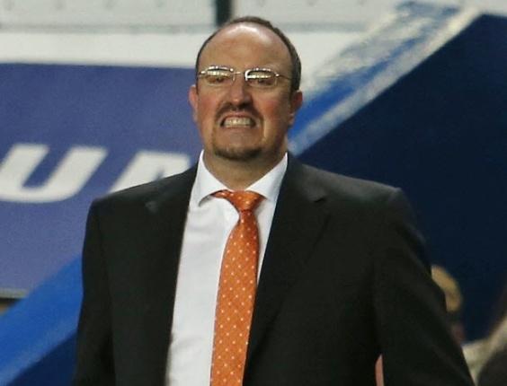 Treinador interino do Chelsea, Rafael Benitez, lamenta erros de sua equipe em partida contra o Fulham