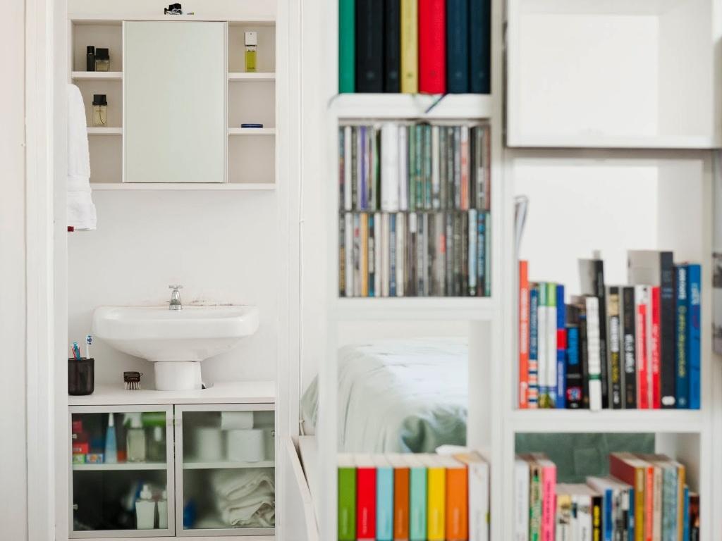 Imagens de #B7141A Veja sugestões para decorar apartamentos de até 100m² 1024x768 px 3258 Box Acrilico Para Banheiro Em Porto Alegre