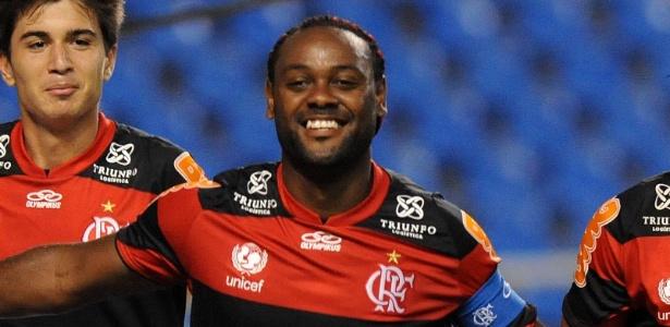 Flamengo deve parcelas ao CSKA e permanência de Vagner Love não está garantida