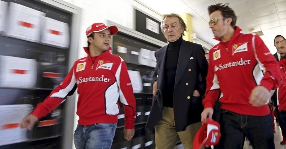 02.dez.2012 - Felipe Massa (esq.) e Fernando Alonso (dir,) conversam com o presidente da Ferrari, Luca Cordeiro di Montezemolo, em evento que marcou o fim da temporada 2012