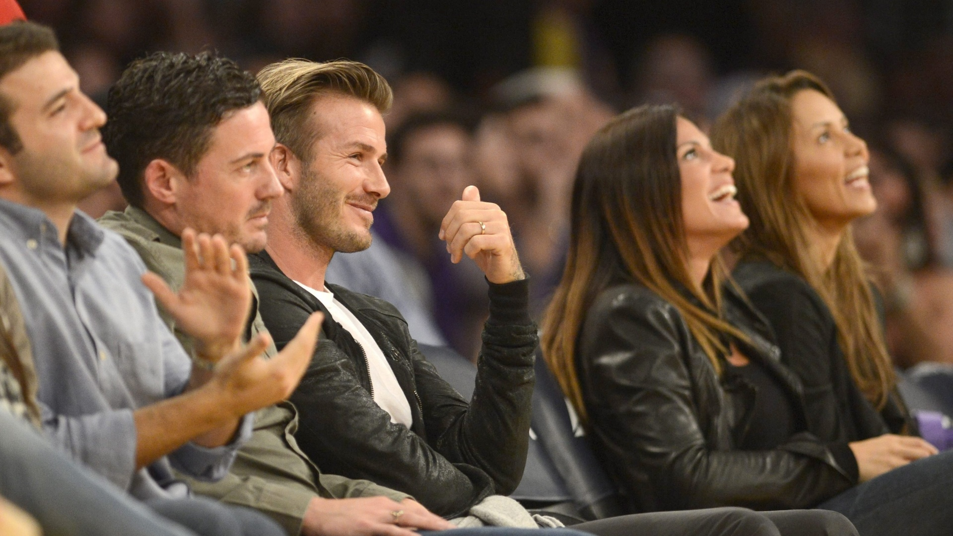 Jogador inglês David Beckham assiste partida entra o Los Angeles Lakers contra o Orlando Magic no Staples Center, em Los Angeles