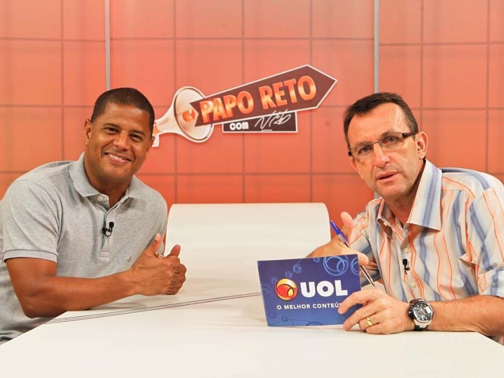06.dez.2012 - Marcelinho Carioca foi o convidado do Papo Reto, apresentado pelo ex-jogador Neto