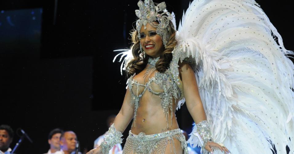 No segundo dia de gravação da vinheta do Carnaval da Globo, a rainha Rayssa Oliveira representou a Beija Flor de Nilópolis (5/12/12)