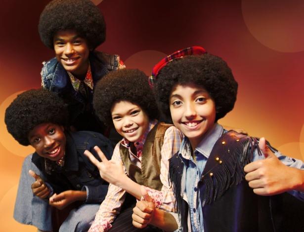 """Quarteto de jovens brasileiros escolhidos para estrelar o musical sobre Michael Jackson, """"Thriller Live"""""""