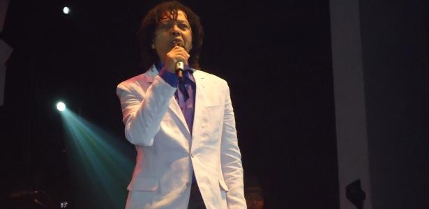 """8.dez.2012 - Djavan lança o álbum """"Rua dos Amores"""" em Maceió, sua cidade natal, em única apresentação"""