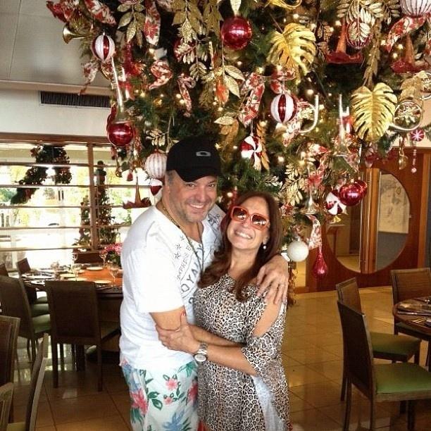 8.dez.2012 - Susana Vieira publicou foto com o filho no Twitter em clima de Natal.