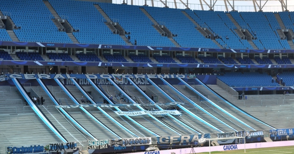 Espaço da Geral do Grêmio já enfeitado para inauguração da Arena, neste sábad