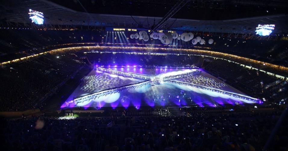Show de luzes emociona torcedores na inauguração da Arena do Grêmio