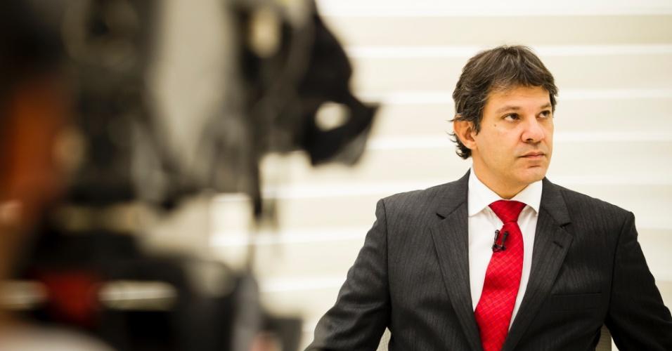 10.dez.2012 - Fernando Haddad (PT), prefeito eleito de São Paulo, participa do programa Roda Viva, da TV Cultura e diz que bilhete único mensal deve ser implantado ainda em 2013 na capital paulista