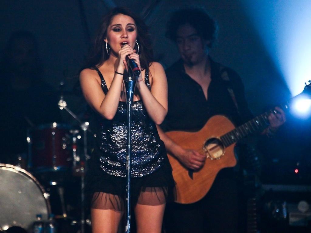 9.dez.2012 - A ex-integrante do grupo RBD faz na capital paulistana o último show no brasil da sua turnê