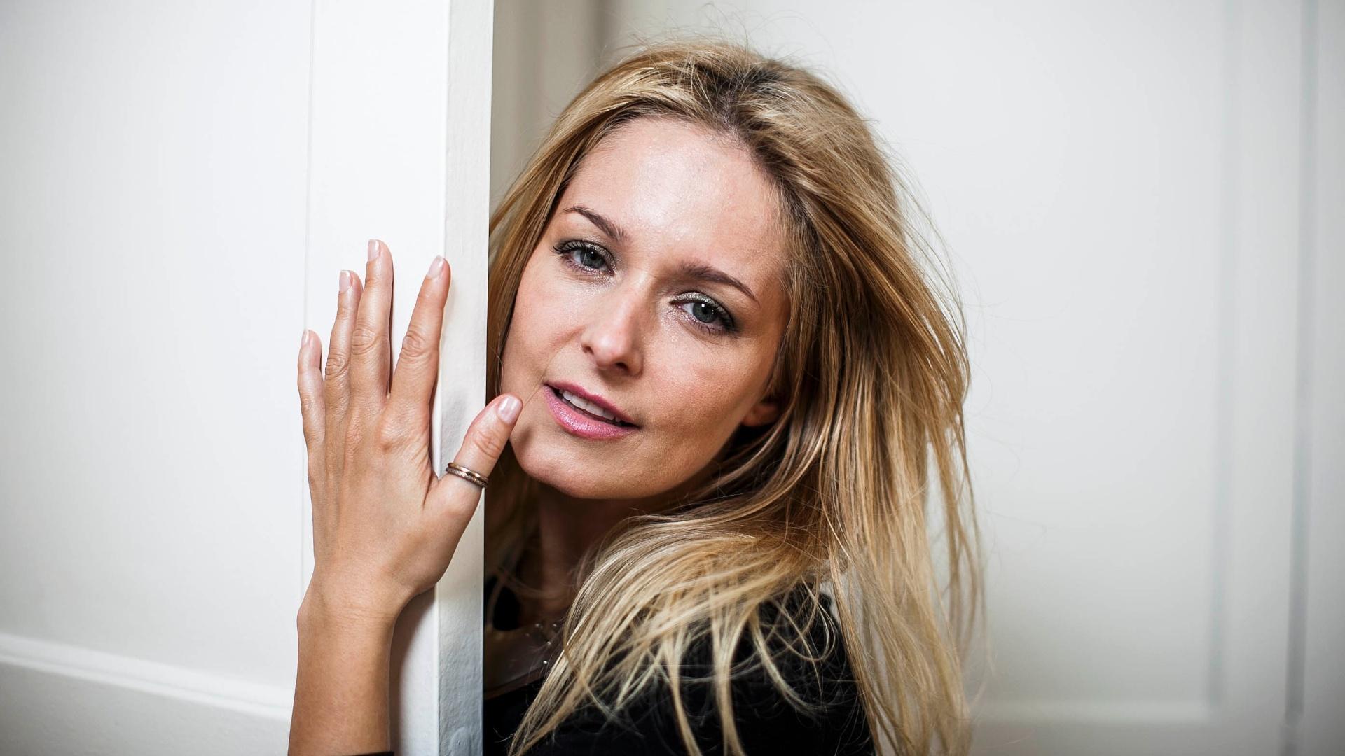 A atriz Luciana Vendramini durante entrevista sobre seus 40 anos (07/12/2012)