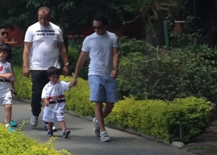 Piloto Felipe Massa leva seu filho, Felipinho, para conhecer o CT do São Paulo