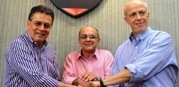 A nova diretoria do Flamengo tem mantido sigilo total na hora de contratar reforços