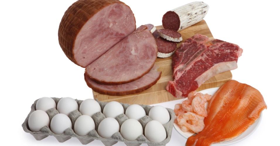 carne vermelha ovos peixe frango