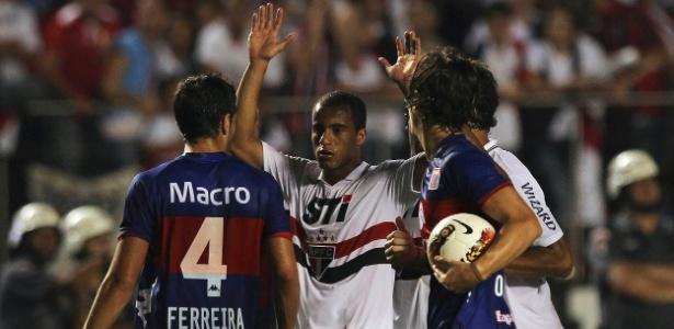 Reunião da Conmebol decidiu adiar a definição sobre punição a São Paulo ou Tigre