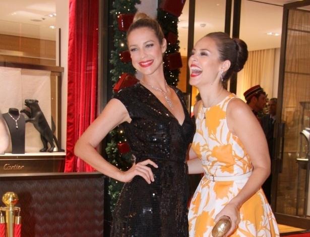13.dez.2012 - Luana Piovani e Paola Oliveira no coquetel de inauguração de loja no Shopping VillageMall, na Barra da Tijuca, Rio de Janeiro