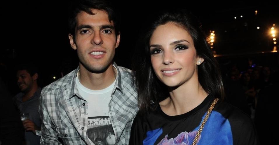 20.mai.2012 - O jogador Kaká e sua mulher, Carol Celico, participam de evento comemorativo dos 100 anos da Lacta