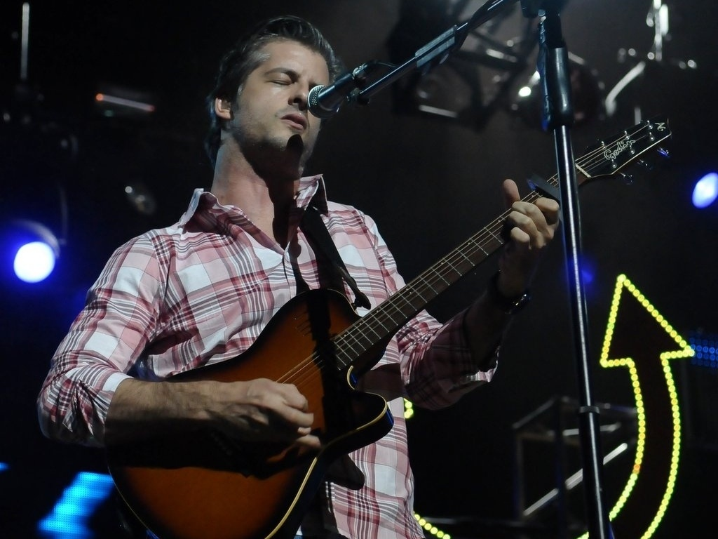 13.dez.2012 - Victor se apresenta no Credicard Hall, em So Paulo