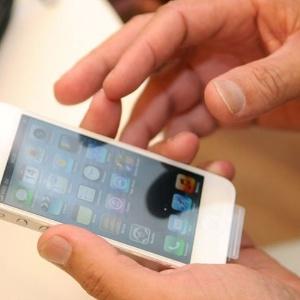 Como muitos dos aparelhos roubados são revendidos, a polícia de Nova York começou a compartilhar os números de identificação única dos gadgets. Com isso, a Apple pode localizá-los em qualquer parte do mundo