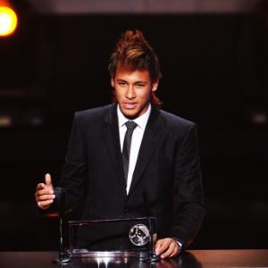Neymar foi o melhor jogador das Américas no ano, segundo uma pesquisa do jornal uruguaio El País