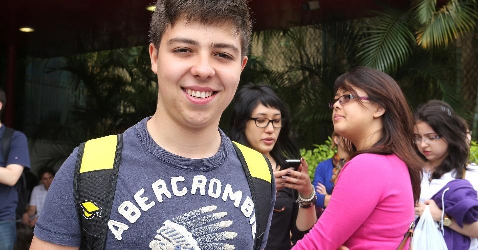 Carlo Bonasso Filho, 17, vai tentar uma vaga de medicina  na Unesp