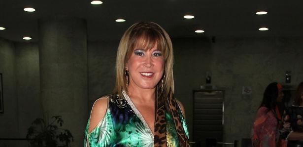 16.dez.2012 - Zilu Camargo chega à festa de 30 anos da filha Wanessa no clube Royal, em São Paulo