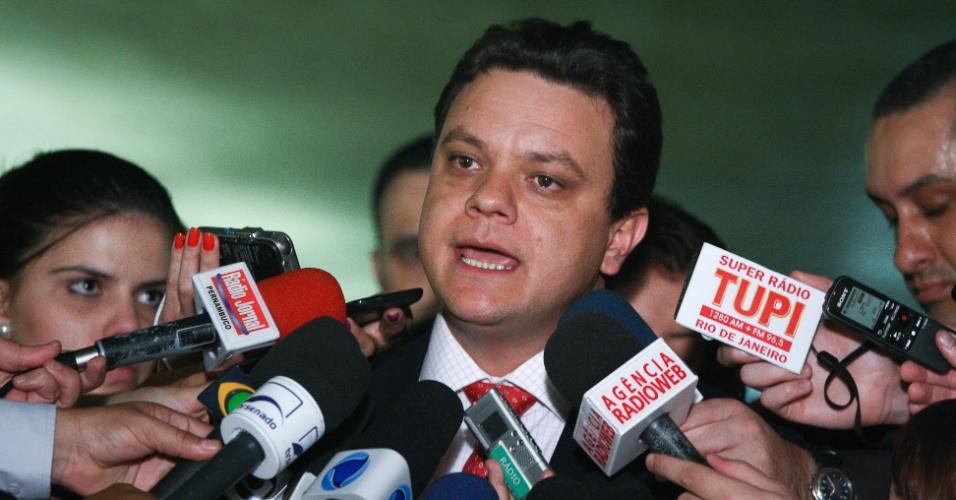 18.dez.2012 - O relator da CPI do Cachoeira, deputado Odair Cunha (PT-MG), afirmou, após ter seu relatório final rejeitado pela comissão, que a CPI produziu uma